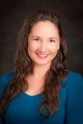 E70 Hypnotherapist Britt Sheflin Makes Shift Happen